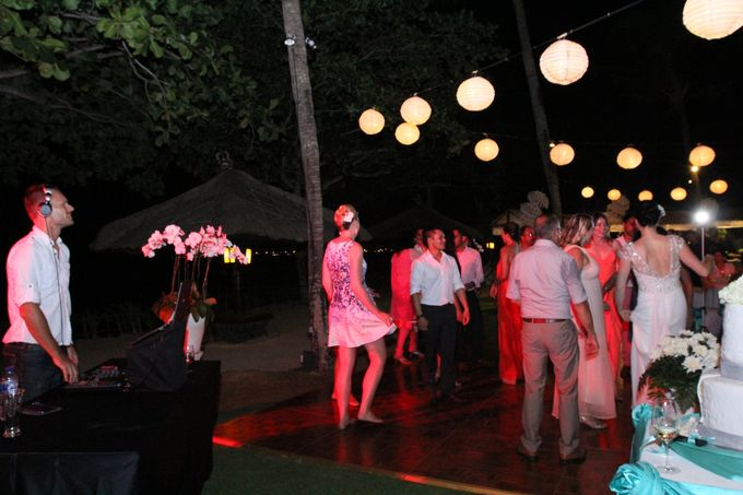 Various wedding photo's by Majestic wedding & event DJs - 002