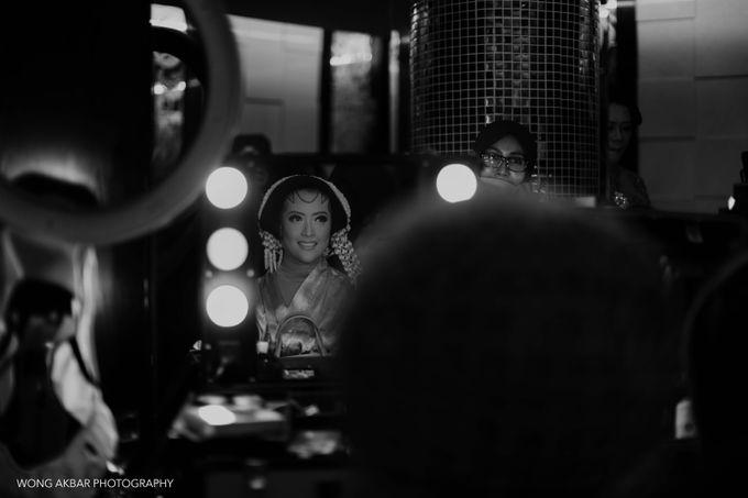 Adhitya Putri & Ridwan Ghany by Wong Akbar Photography - 003