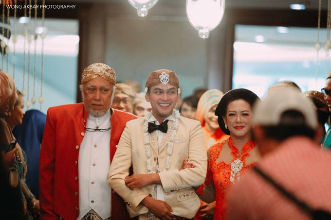 Adhitya Putri & Ridwan Ghany by Wong Akbar Photography - 006