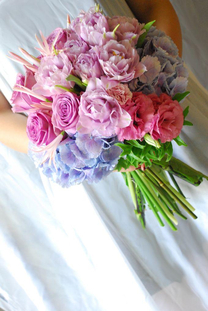 Wedding Bouquet by Hana Flower Boutique by Hana Flower Boutique - 003