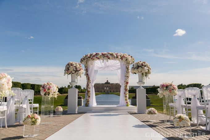 Wedding in the Konstantinovsky Palace by Grand Premier - 015