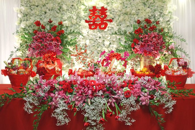 Red & Gold by Royal Design Indonesia - 001