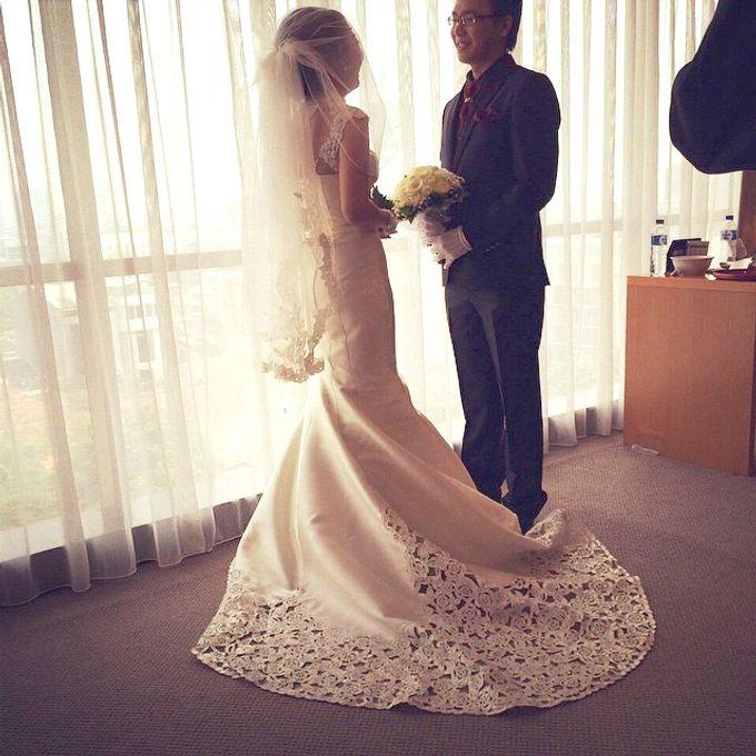 THE WEDDING OF EDISON & SONIA / 26.10.14 / SEASONS CITY BALLROOM, JAKARTA by AS2 Wedding Organizer - 002
