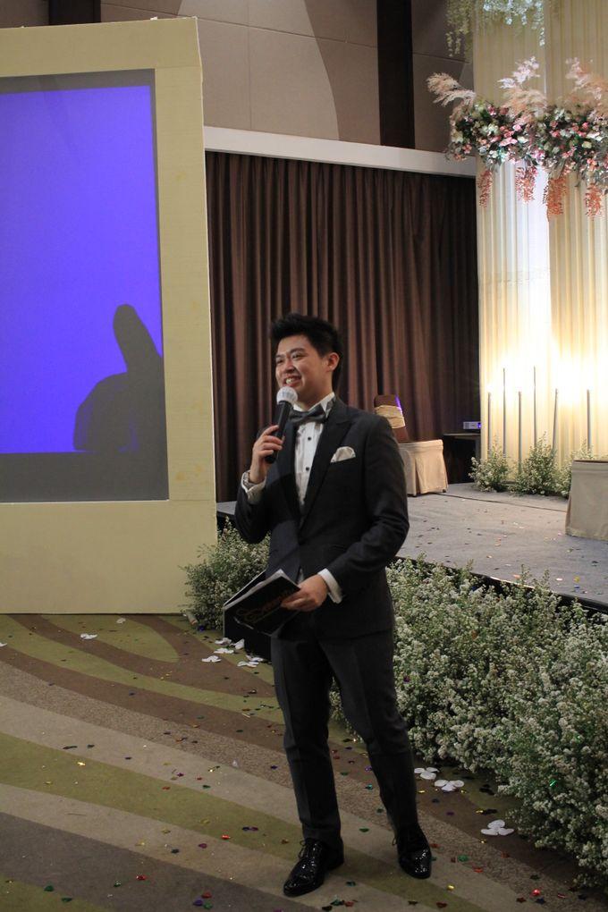 MC Wedding Santika Premier Hayam Wuruk - Anthony Stevven by ENST Couture - 014