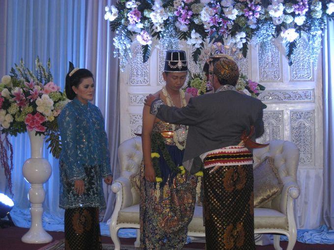 Upacara Adat Panggih by Arum Ndalu Sanggar Rias Pengantin - 006