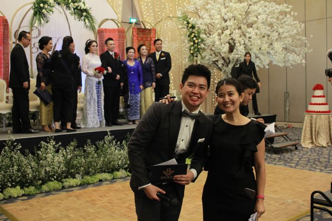 Mc Entertainment Wedding Sheraton Gandaria - Anthony Stevven  with Double V Entertainment Jakarta by Anthony Stevven - 022