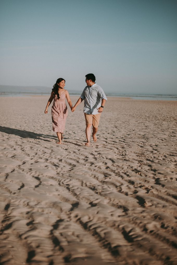 Anton & Cynthia Elopement Session by Chroma Pictures - 045