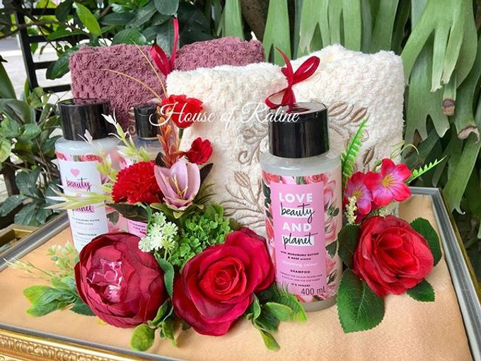 Red Roses by House of Raline Wedding Hampers - 005