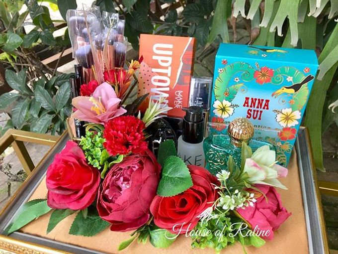 Red Roses by House of Raline Wedding Hampers - 007