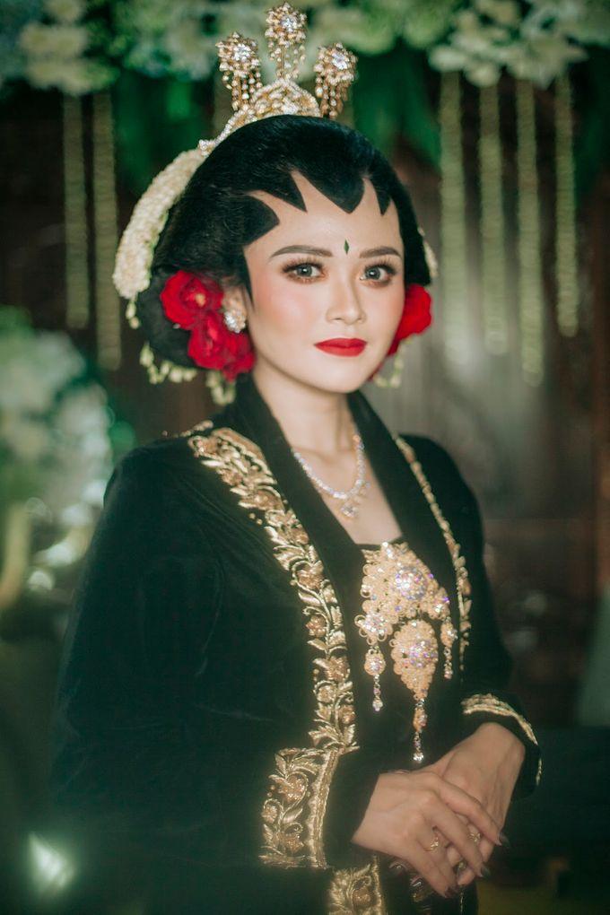 Micro Wedding Okta & Kresna by Kisah Kita Wedding Planner & Organizer - 028