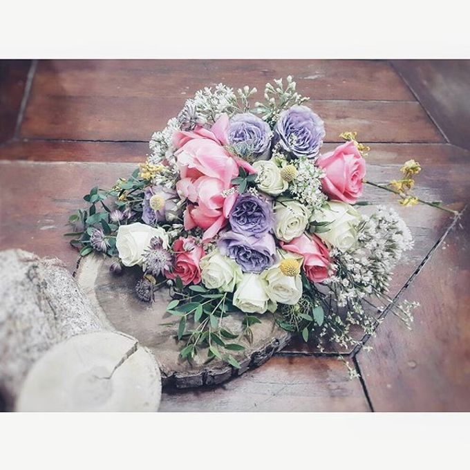 RUSTIC WEDDING BOUQUET by LUX floral design - 004