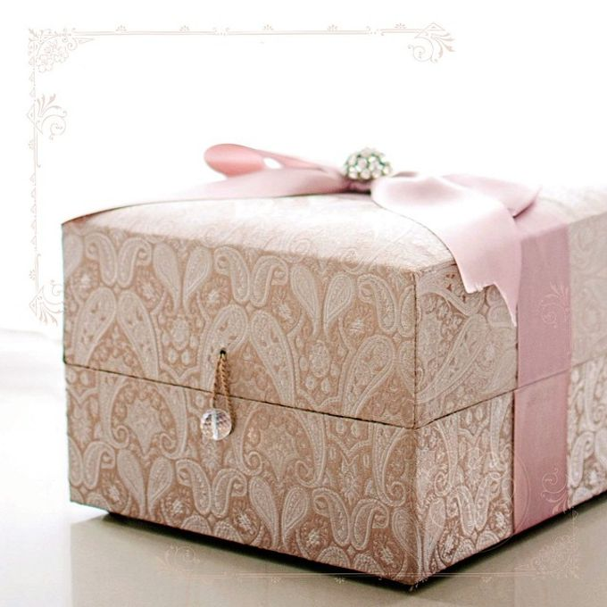Engagement hampers by Silver Box - 002