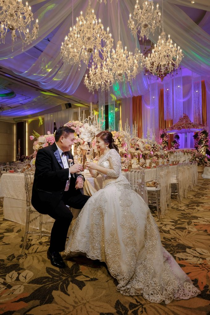 Alfred and Dambia Tan Wedding by RJ Ledesma - 003