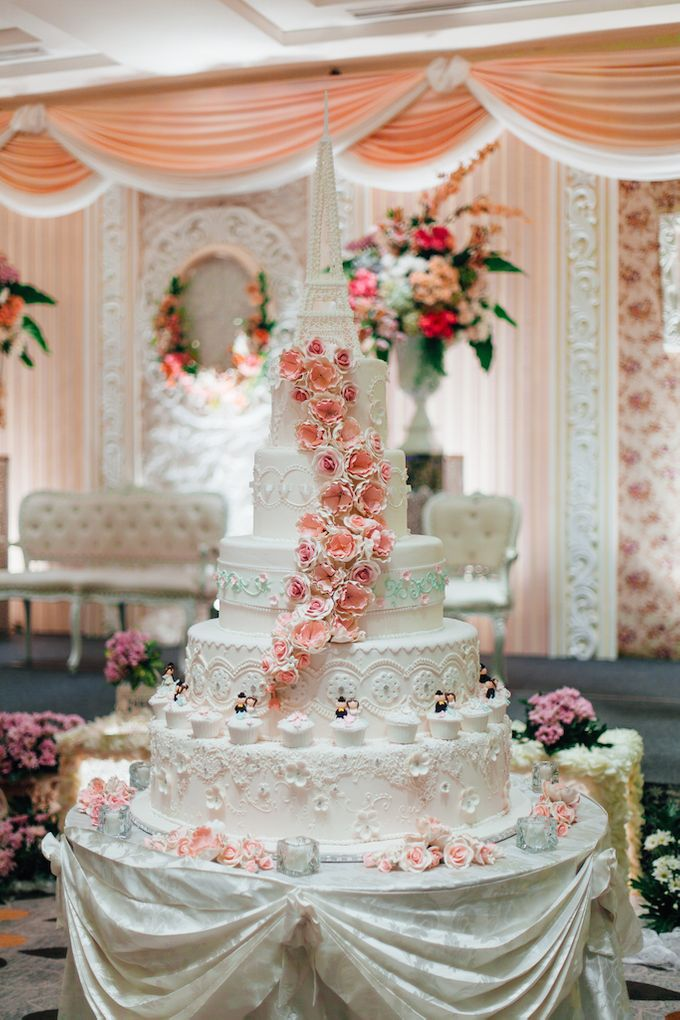 The Wedding Cake by Pullman Jakarta Indonesia - 001