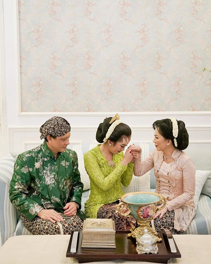 The Wedding of Tasha & Steven by Akasya Catering - 004