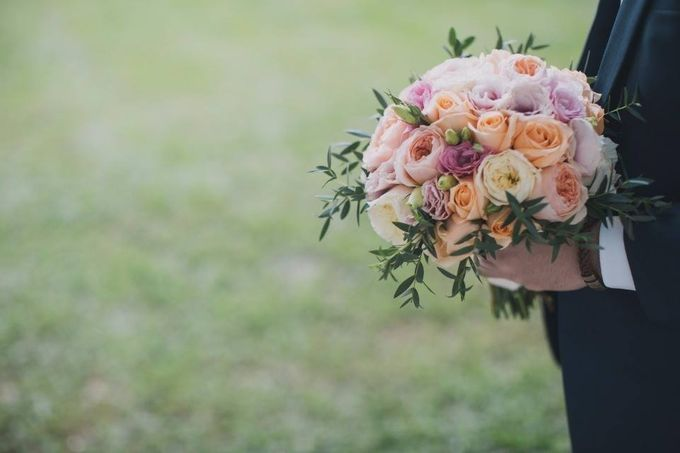 Bridal Hand Bouquets by Sing See Soon - 001