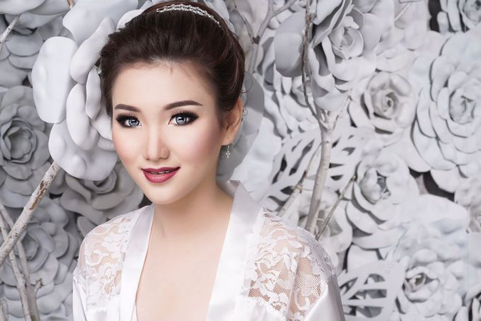 Bridal Make up Beatrice by Nelly Beauty Makeup - 003