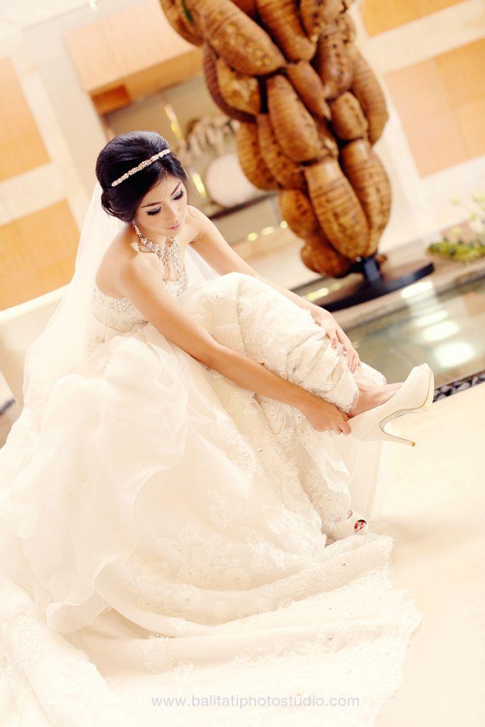 The Wedding of Ivan & Indah by Tati Photo - 009