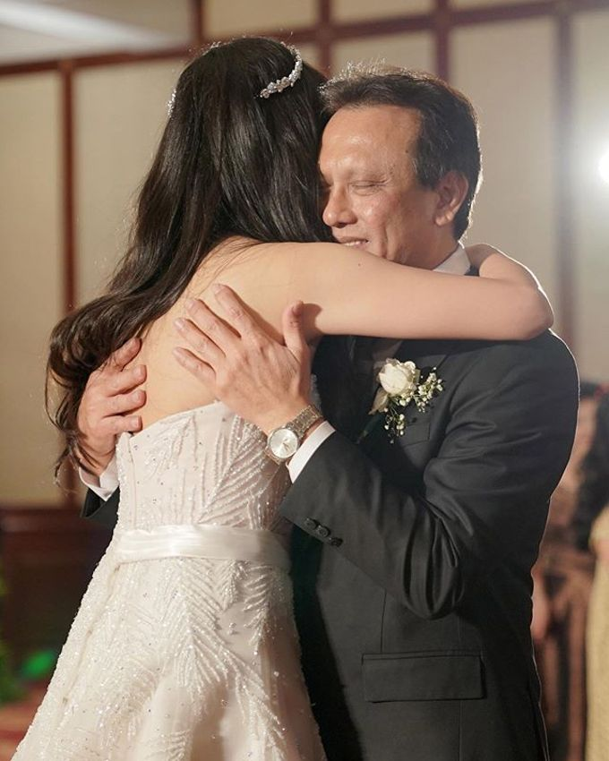 The Wedding of Tasha & Steven by Akasya Catering - 011