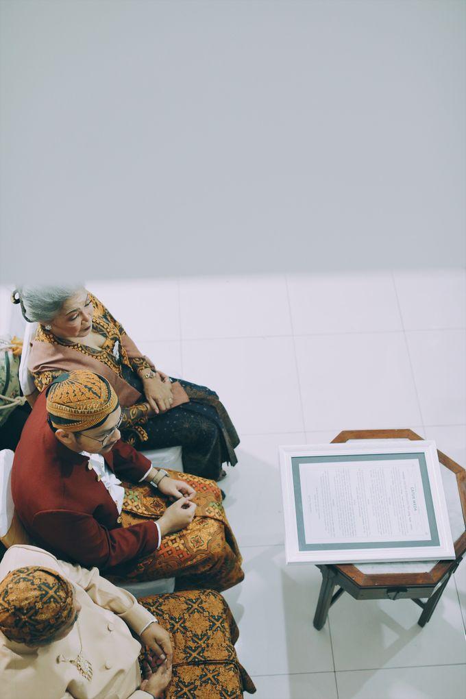 Yayas & Nosa Wedding by Adhyakti Wedding Planner & Organizer - 008