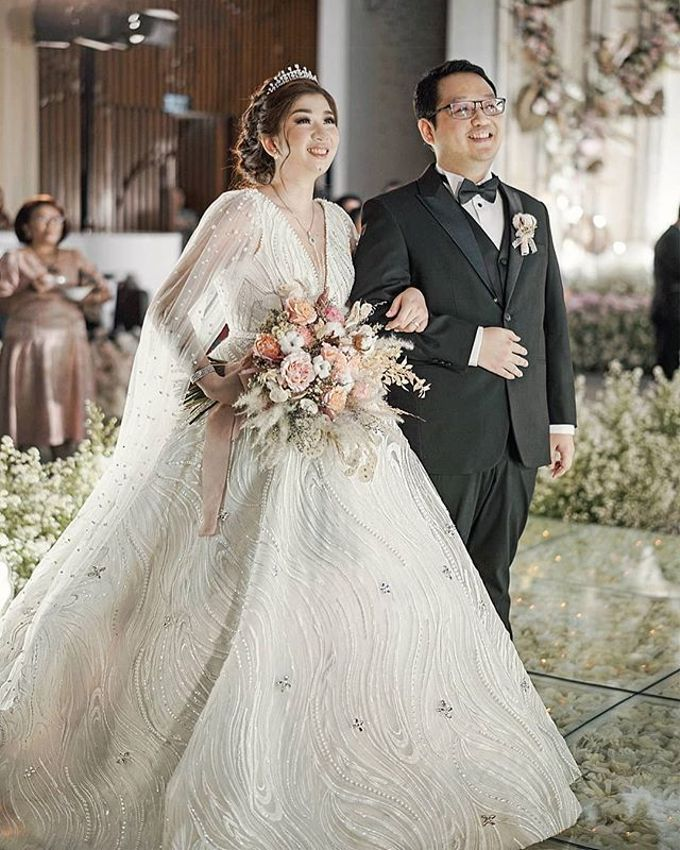Adi & Octavia Wedding by METTA FEBRIYAN bridal & couture - 003