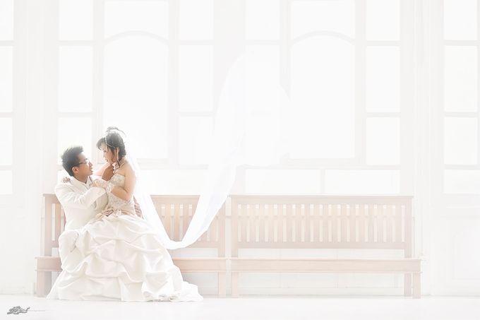 Indoor prewedding by Aldo Item - 011