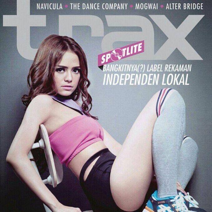 Cover Magazine - Make Up Portfolio by Dendy Oktariady Make Up Artist - 006