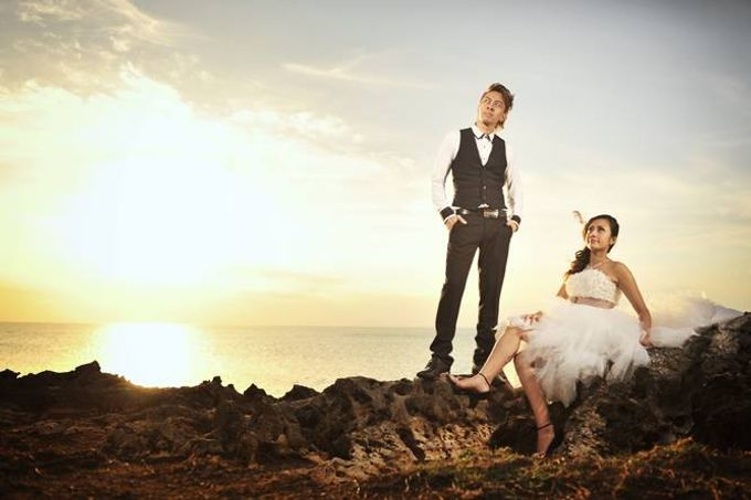 The Engagement - Noriman + Liyana by Studio 8 Bali Photography - 023