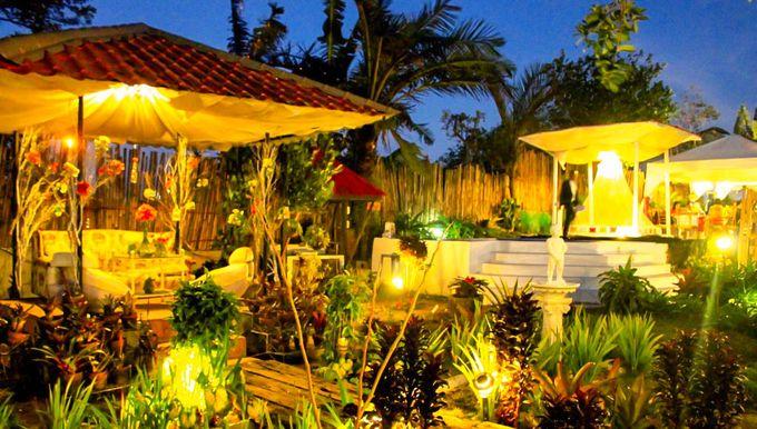 Garden Wedding at Night by Casa De Carlo - 003