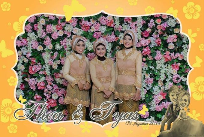 the wedding of Tyas & Thea by HELLOCAM PHOTOCORNER - 008
