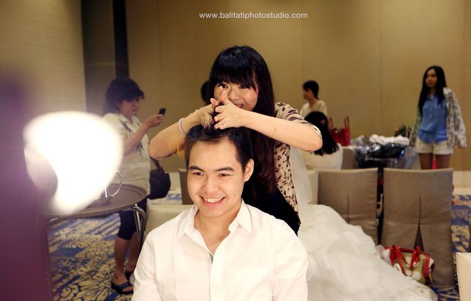 The Wedding of Ivan & Indah by Tati Photo - 012