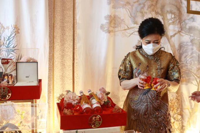 Sangjit House Of Yuen Hotel Fairmont Jakarta - MC Anthony Stevven by NOMA Jewelry & Accessories - 011
