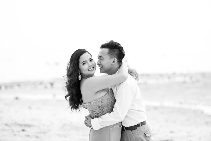 Awe and Cecel Engagement Session by Capturing Smiles Photography - 016