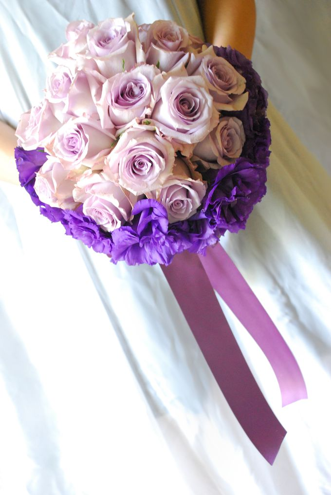 PURPLE BLUE theme wedding bouquet by Hana Flower Boutique by Hana Flower Boutique - 002