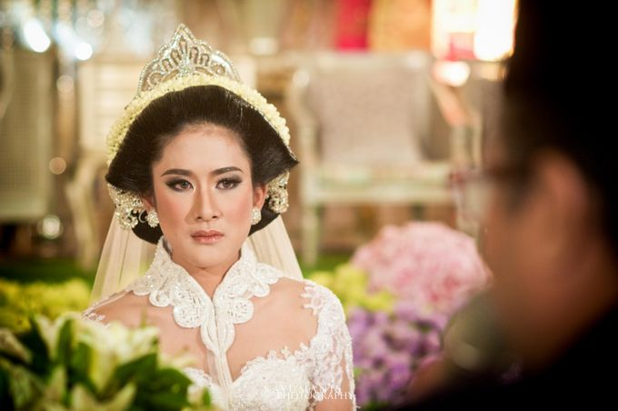 Gessa And Adjie Wedding Ceremony by D&D Professional Make Up Artist & Kebaya By Dindin Nurdiansyah - 009