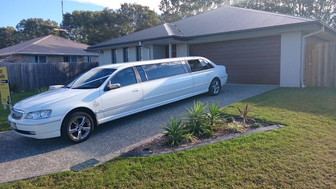 Stretch Limousines by Tic Tac Tours & Premier Limousines - 002