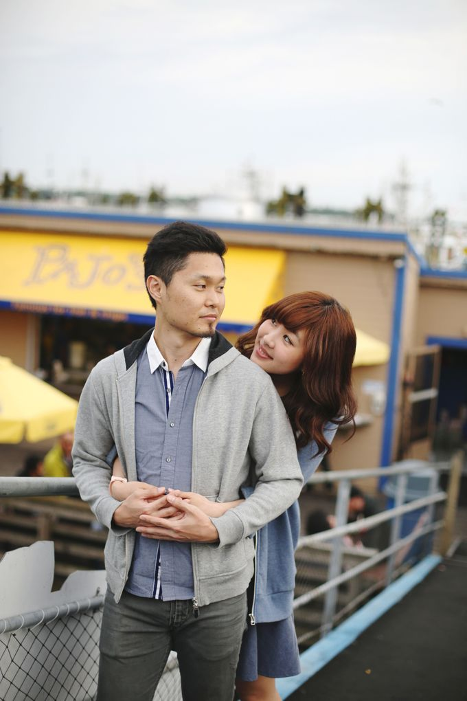 Engagement shoot at Steveston Richmond by Rebecca Ou Photography - 009