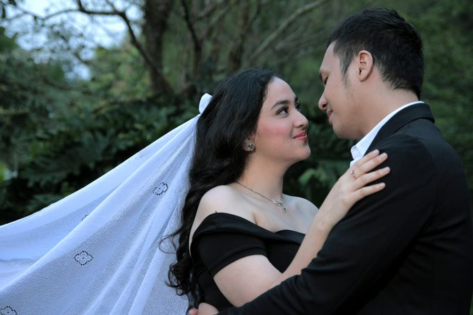Riki & Etha Prewedding by Glenn Chandra Wedding - 008