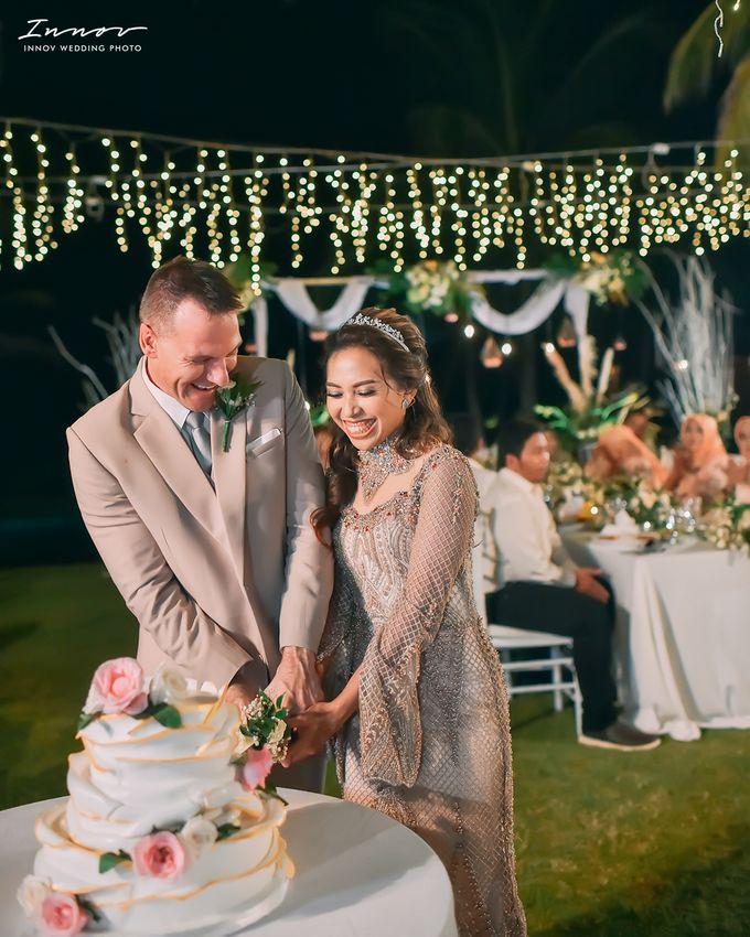 THE WEDDING Of  Mr KARLPEMER & Ms Susiani Retno by APLUS DECORATION & WEDDING PLANNER - 006