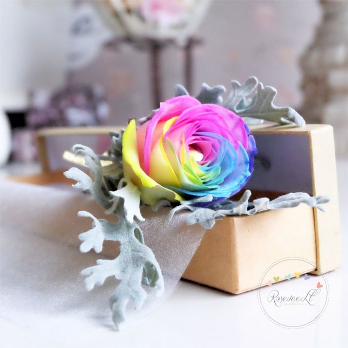 Flower in a Box Arrangement by Roseveelt Florist - 017