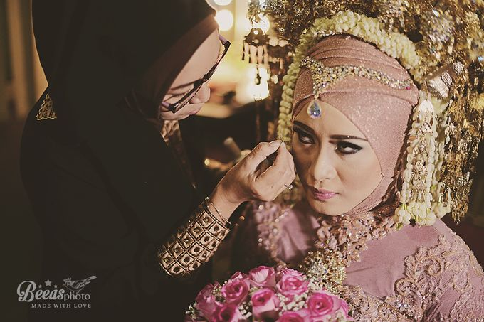 The Wedding Of Anes + Rendy by beeasphoto - 050