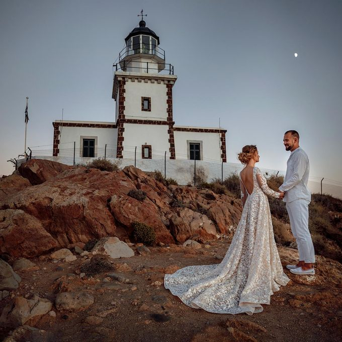 This is a wedding story about a beautiful couple in an incredible corner of the earth. The newlyweds have chosen a beautiful place to hold their weddi by Miller Photography - 037