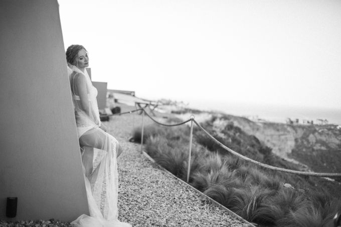 This is a wedding story about a beautiful couple in an incredible corner of the earth. The newlyweds have chosen a beautiful place to hold their weddi by Miller Photography - 004