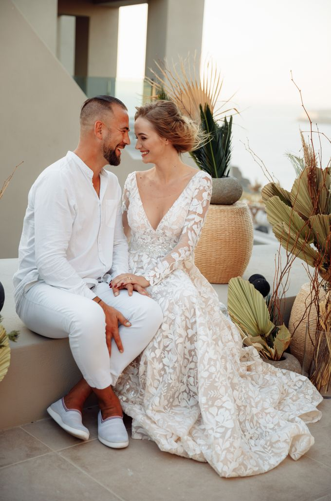 This is a wedding story about a beautiful couple in an incredible corner of the earth. The newlyweds have chosen a beautiful place to hold their weddi by Miller Photography - 035
