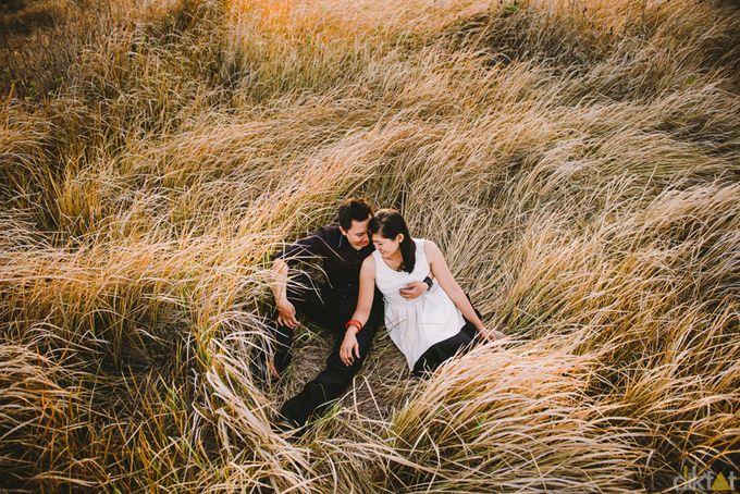Engagement // prewedding Hendra & Dimitry by diktatphotography - 020