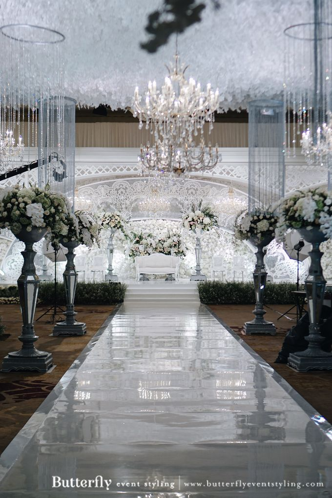 The Wedding of Hananto & Choerunissa by Butterfly Event Styling - 006
