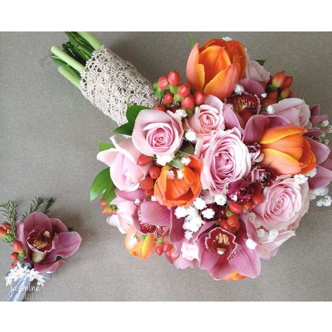 Wedding Bouquet by Jasmine Florist - 001