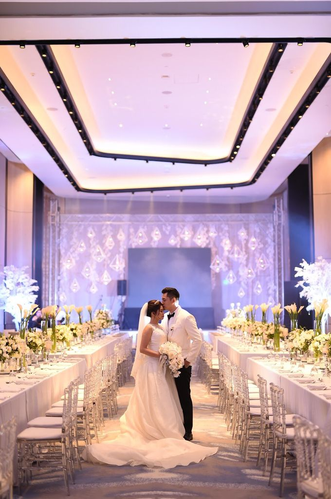 Reception Styling by Natural Art Flowers and Decors - 040