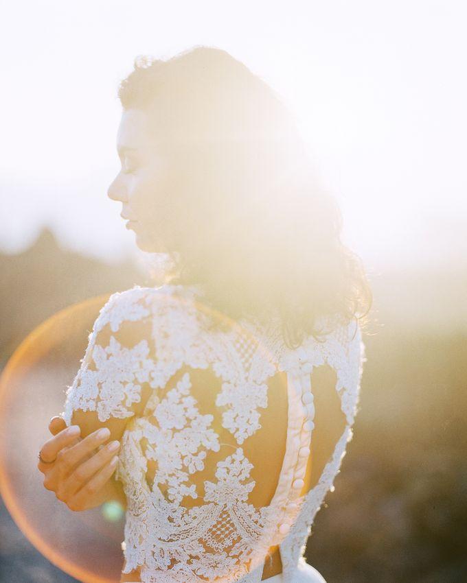 Bohemian Rustic Bride by Arta Photo - 012