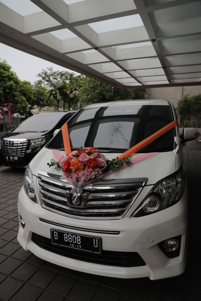 Beautiful Wedding by Priority Rent car - 010